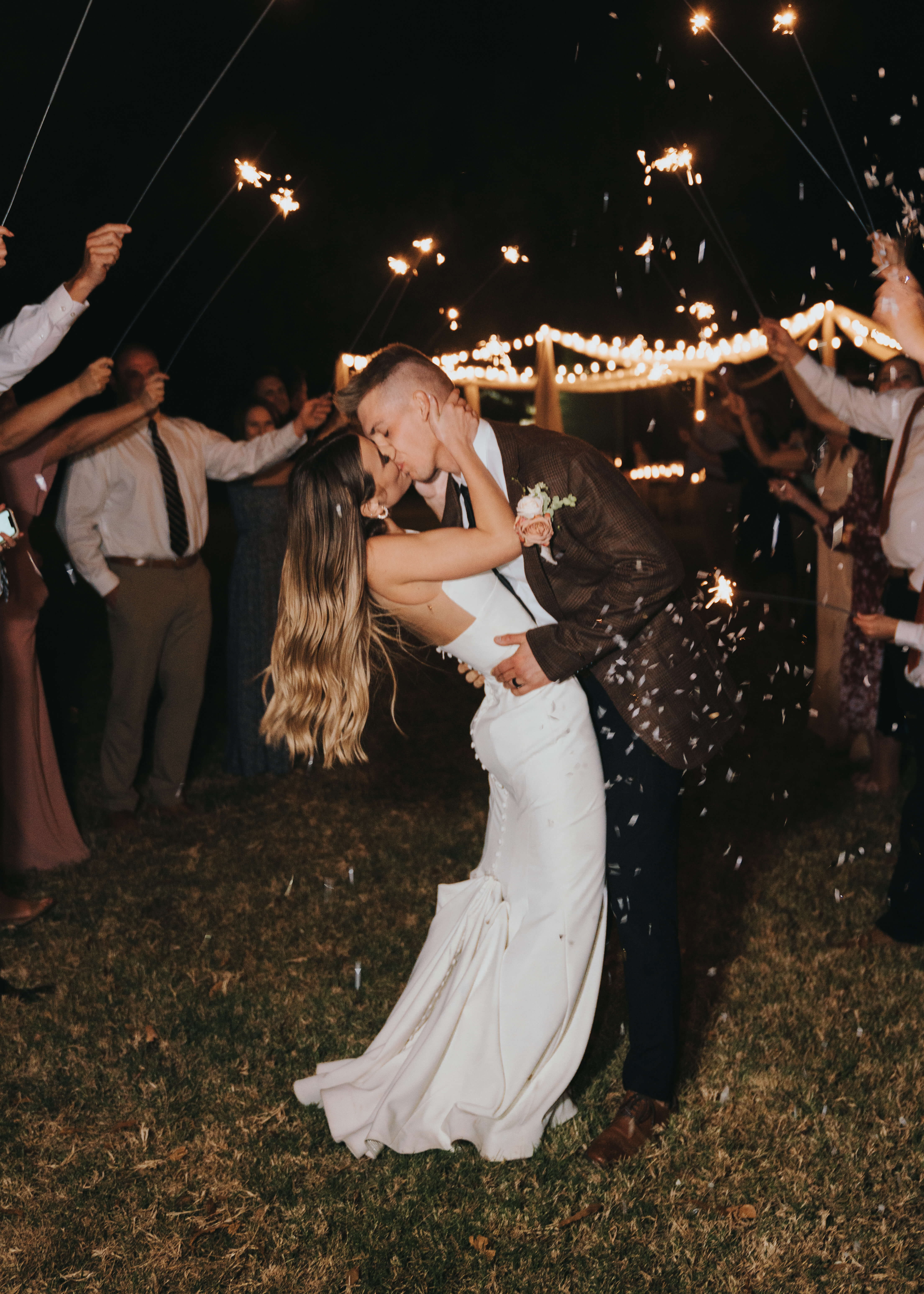 sparkler exit send off kiss photo with confetti