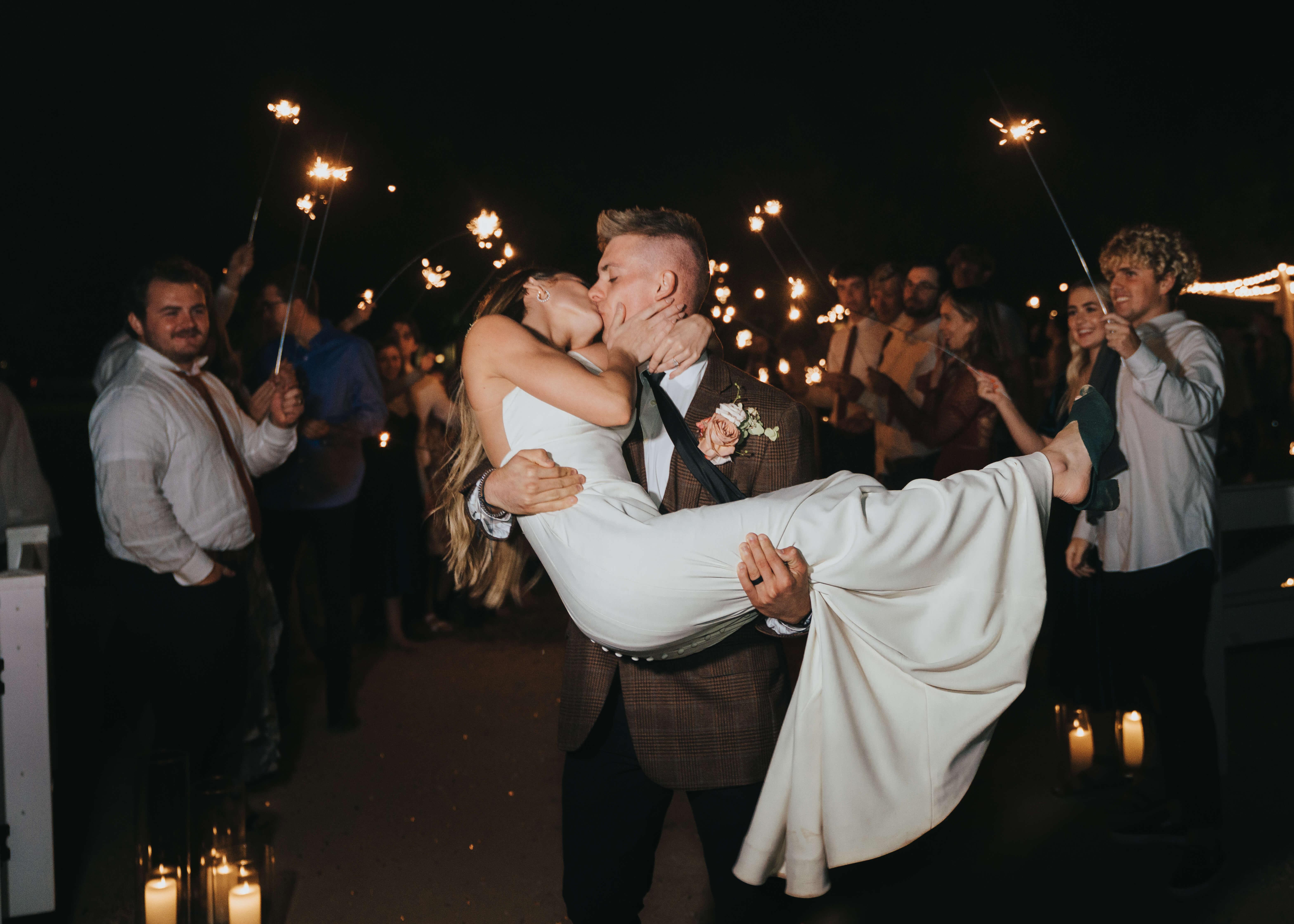 send off kissing photo arizona best wedding photography